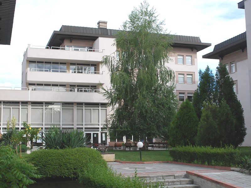 AUBG, Albanian Embassy Help Students Get Home