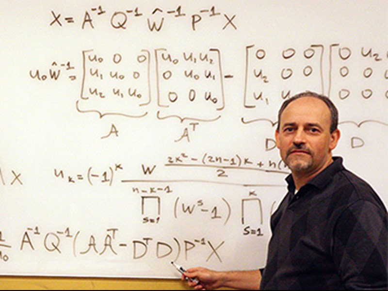 Alexander Stoytchev ('97) on Solving Half-Century-Old Puzzle in Signal Processing