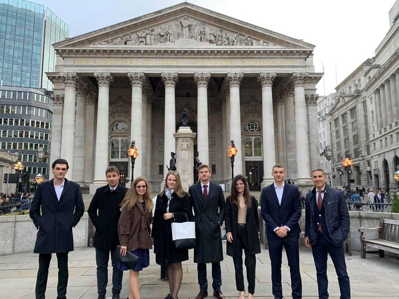 Investment Management Club Explores London's Business Scene