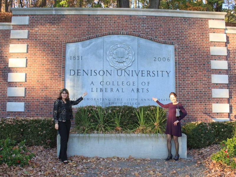 Dr. Stantcheva visiting Dr. Dillmann at Denison University (USA) in Fall 2016 <br />